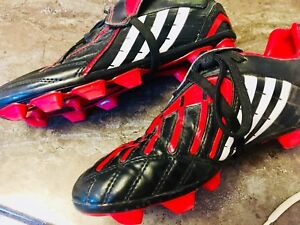 Youth Adidas Soccer Shoes - Size 3.5