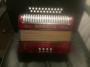 Hohner erica button accordion