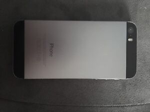 iPhone 5S 16GB Silver Rogers