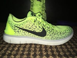 Nike RN Distance Shoes: Size US 8