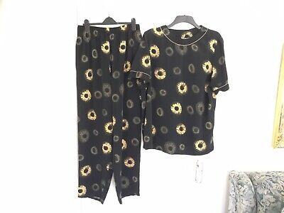 Ladies Two Piece Trouser Suit, Size 20/22