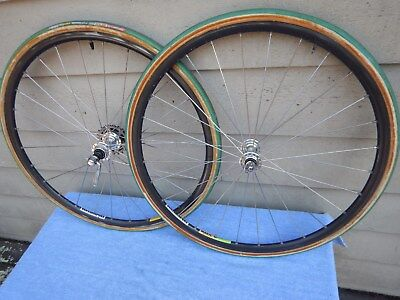 Wheelset with Mavic Mach 2 CD2 tubular rims and Campagnolo Chorus hubs Laufräder