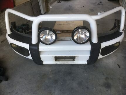Toyota bullbar 2005 Hilux