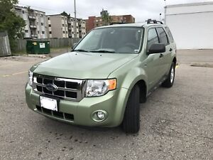 Ford escape green gas hybrid- FWD  $8500