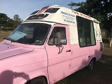 Soft serve Mr whippy ice cream van Vernor Somerset Area Preview
