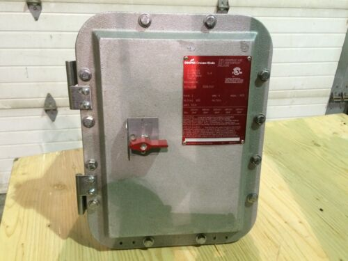 Cooper Crouse-Hinds number EIDB3100 XP disconnect switch