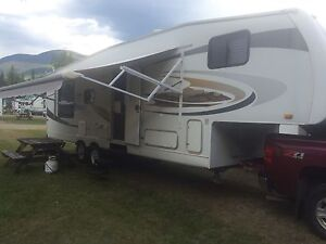 2008 Jayco Eagle super light fifth wheel