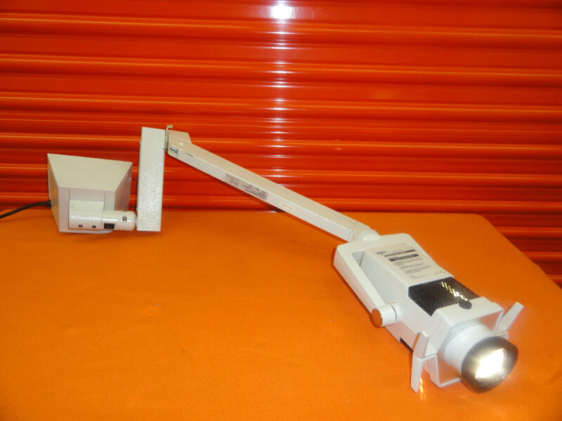 Datex-Ohmeda Spot Neonatal Phototherapy Light II W/ Flexi Arm (Rail mount) 5356