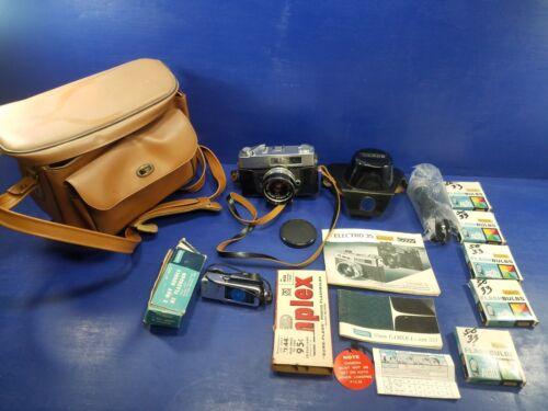 Montgomery WARDS am551 electronic Vintage 35mm Film Camera  Lens JAPAN