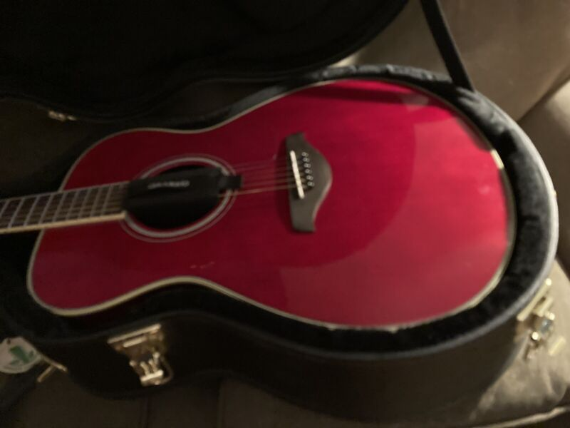 Yamaha FS-TA TransAcoustic Concert - Ruby Red With Case