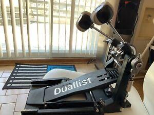 Pëdale  Duallist  double avec une seule pédale neuve