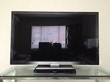 "Panasonic Viera Tv Hdmi TH-L42E30A & Blu Ray Player DMP-BD65 42"" Led Harris Park Parramatta Area Preview"