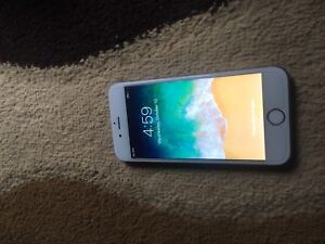 Apple I phone 6s 32gb unlocked great condition