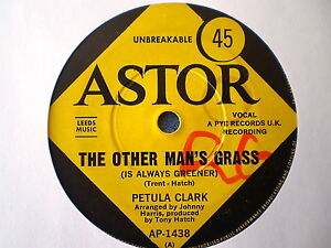 PETULA-CLARK-RARE-THE-OTHER-MANS-GRASS-AT-THE-CROSSROADS-45-RPM-7