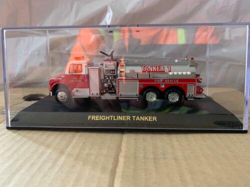 CODE 3 COLLECTIBLES  FREIGHTLINER TANKER - 12631  Jacksonville FD Tanker 1