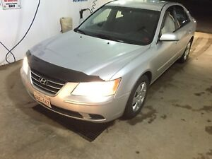 Hyundai Sonata (Great Student Car, cheap on gas)