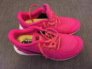 Ladies Nike Free size 9