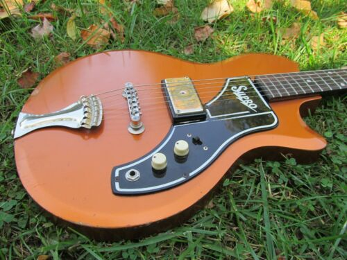Vintage 1961 Supro Ozark Electric Guitar