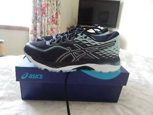 Asics Gel Cumulus 19 shoes, womens size 7 US, brand new in box
