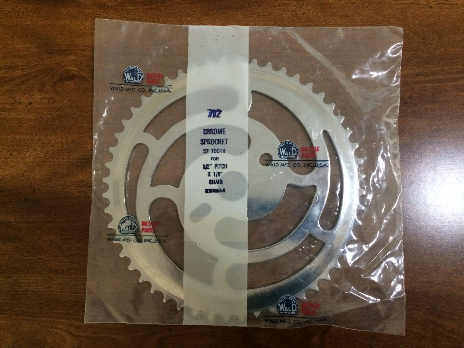 """Vintage WALD BICYCLE 52 TOOTH CHROME SPROCKET 1/2"""" PITCH X 1"""