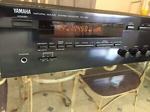 "YAMAHA Receiver/amplifier ""vintage"" Chermside Brisbane North East Preview"