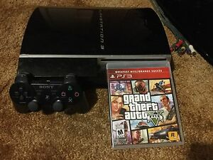 PlayStation 3 Good Condition w/controller and GTAV