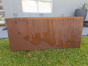110cm long Ultra lite weight rusted planter box Yarraville Maribyrnong Area Preview