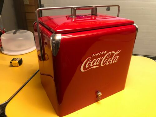 Coke Coca-Cola Red Metal Cooler Ice Chest Progress Refrigeration restored