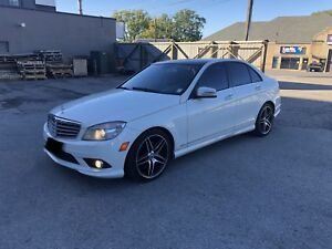 2010 Mercedes Benz C350 AWD *FULLY LOADED* 10/10 Condition!