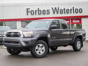 2015 Toyota Tacoma 1 OWNER MINT!! SR5 4X4/HARD BED COVER