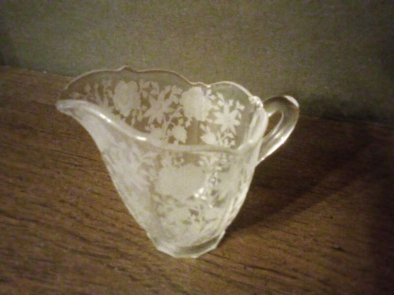 CAMBRIDGE WILDFLOWER CLEAR ETCHED CRYSTAL CREAMER