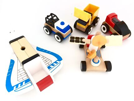 WOODEN TOYS : IKEA cars, Aldi Space Rocket & mobile, pull toy +++