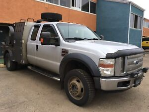 2008 Ford F450 XLT 6.4L engine, Cab and chassis only.
