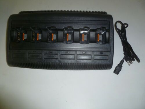 Motorola WPLN4197A IMPRES Six Bank Two Way Radio Battery Charger HT750 HT1250 g