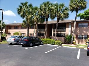 Beautiful 2BR/2Bath condo in Port Charlotte (55+)