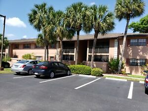 Winter Rental -Beautiful 2BR/2Bath condo in Port Charlotte (55+)