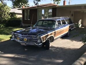 1967 Ford Country Squire!