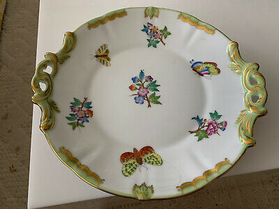 HEREND QUEEN VICTORIA HAND PAINTED ROUND PLATE