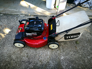 Toro Self propelled mower 22 inch cut Pine Mountain Ipswich City Preview
