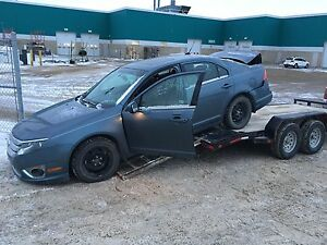 Parting out wrecking 2012 Ford Fusion SEL