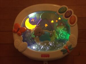 Fisher Price moonbeam dreams crib soother - like new