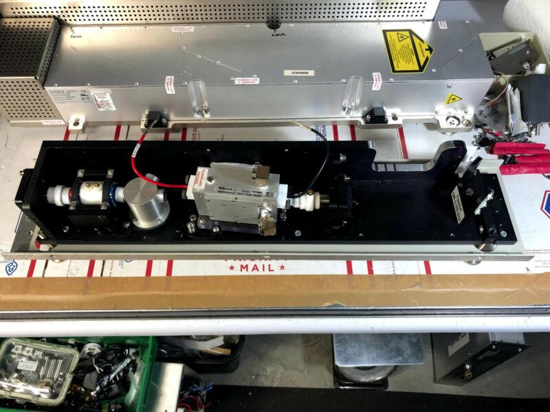 Quanta-Ray INDI-HG Pulsed Nd:YAG Laser Parts, Resonator, HR+OC, Pockel
