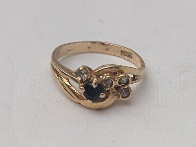 Ladies 22ct gold diamond and sapphire ring. Size N.