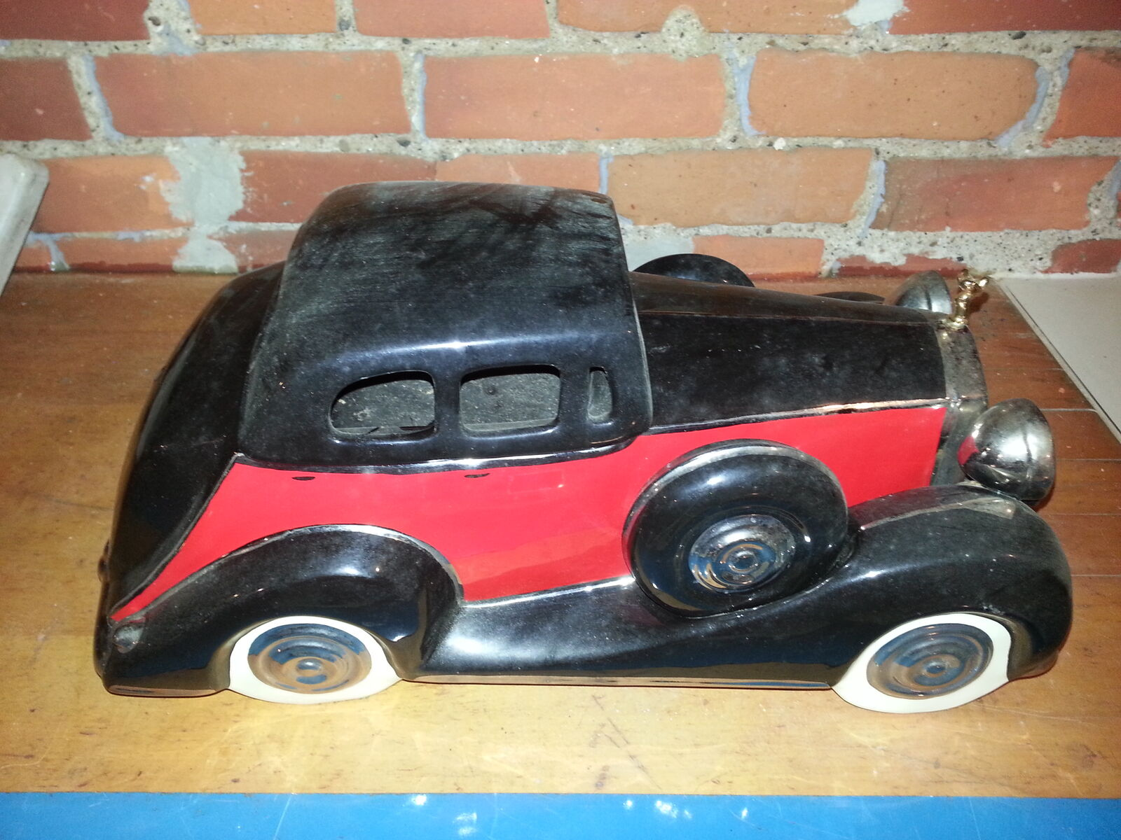 Vintage Collectable UpScale ReSale