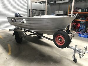 3.9 Stacer Dinghy