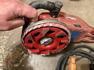 Hilti DG150 dustless concrete grinder