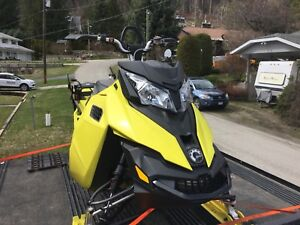 2015 Ski Doo Summit T3