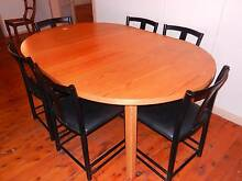EXTENDABLE DINING TABLE  180cm  X 120cm  OR 120 cm ROUND Chittaway Point Wyong Area Preview