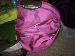 2013 Uppababy vista stroller with 2 swap kits