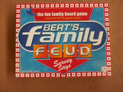 .. BERTS FAMILY FEUD BOARDGAME -